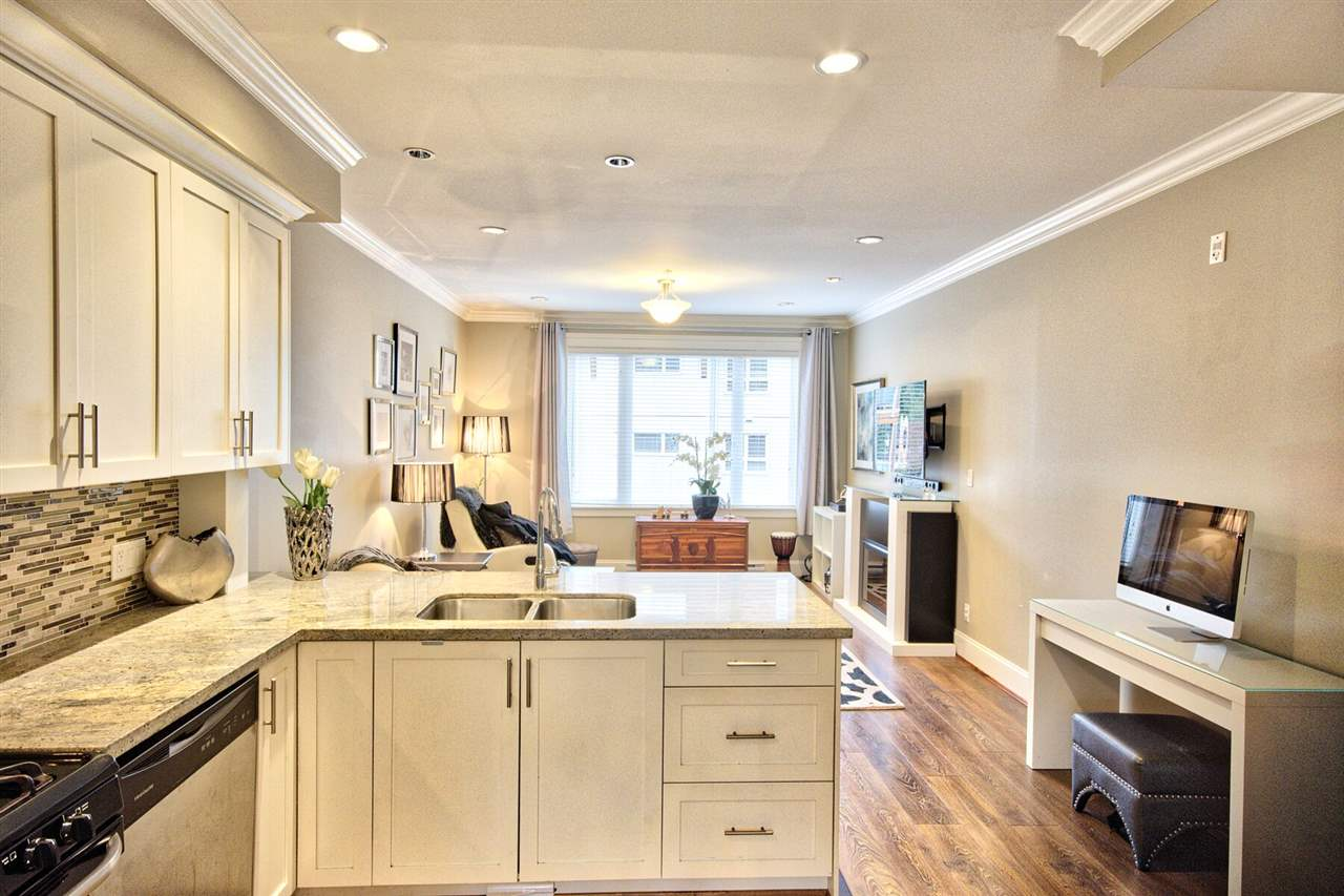 Townhouse at 312 SEYMOUR RIVER PLACE, North Vancouver, British Columbia. Image 5