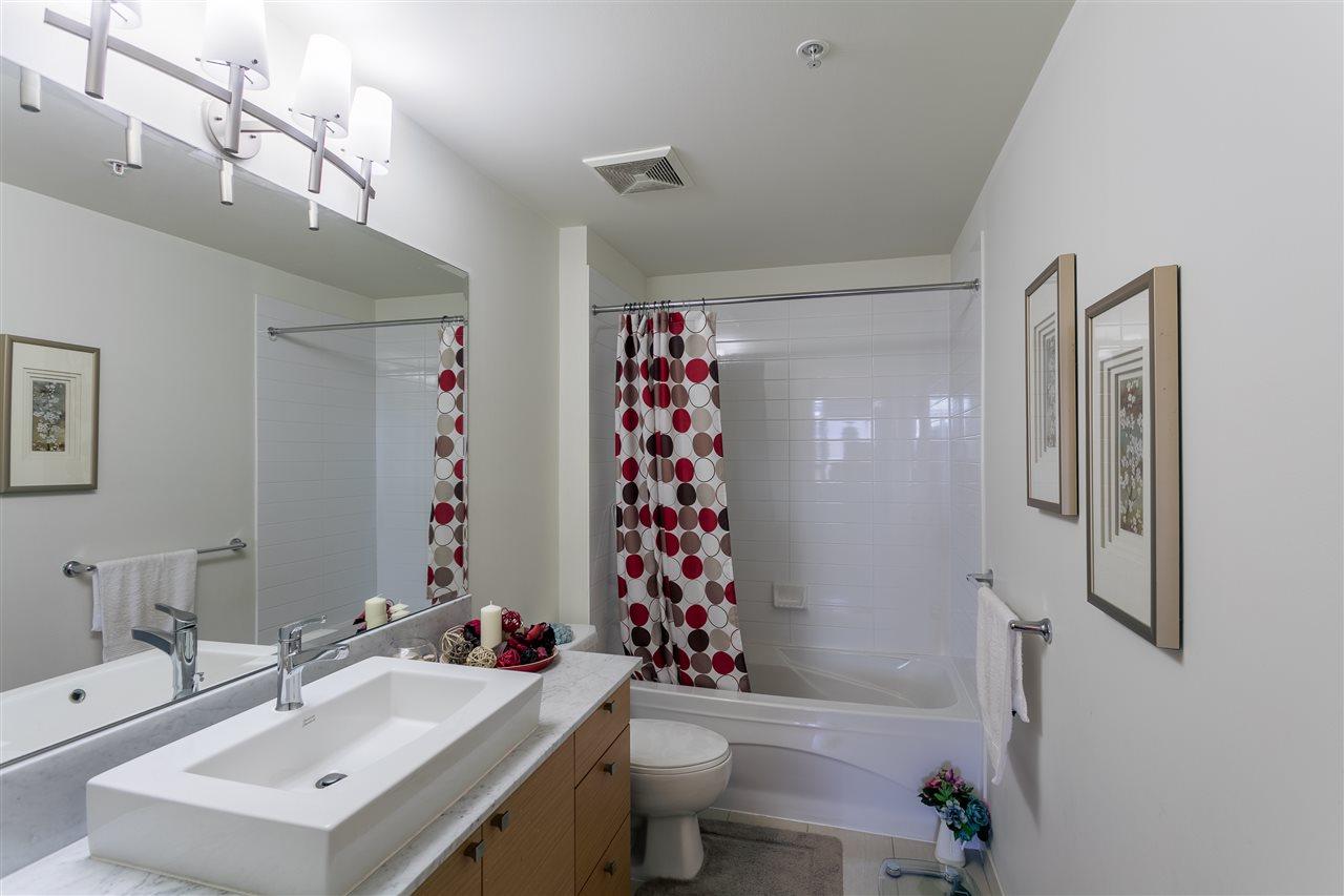 Condo Apartment at 2504 110 BREW STREET, Unit 2504, Port Moody, British Columbia. Image 6