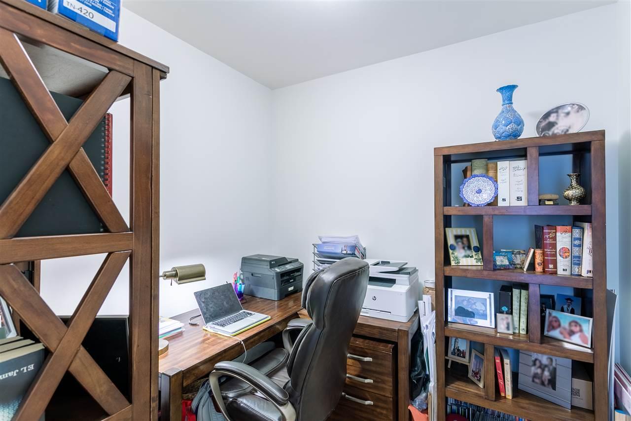 Condo Apartment at 2504 110 BREW STREET, Unit 2504, Port Moody, British Columbia. Image 14