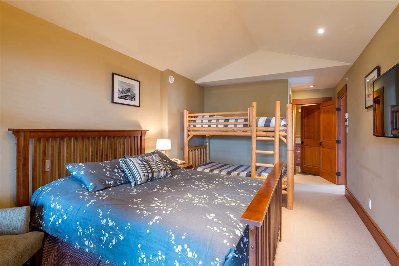 Townhouse at 19 2324 TALUSWOOD PLACE, Unit 19, Whistler, British Columbia. Image 10