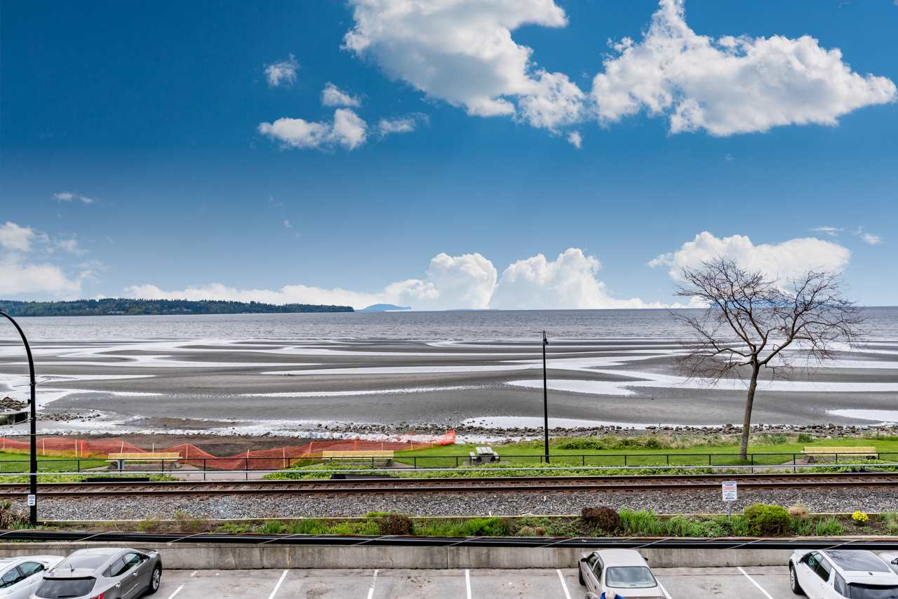 Condo Apartment at 302 15581 MARINE DRIVE, Unit 302, South Surrey White Rock, British Columbia. Image 1