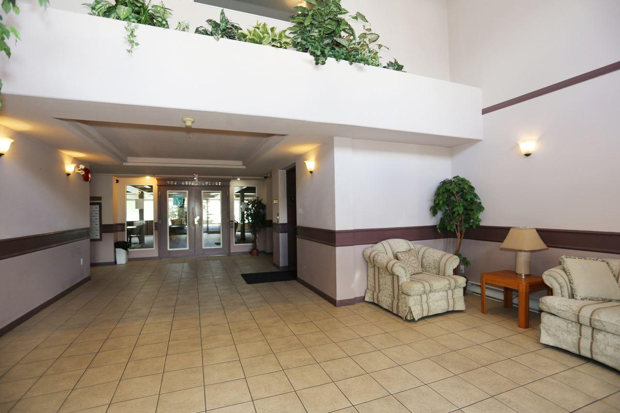 Condo Apartment at 218 33478 ROBERTS AVENUE, Unit 218, Abbotsford, British Columbia. Image 4