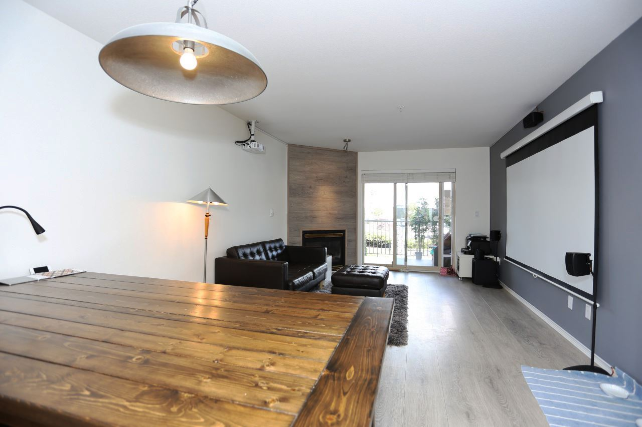 Condo Apartment at 218 33478 ROBERTS AVENUE, Unit 218, Abbotsford, British Columbia. Image 6