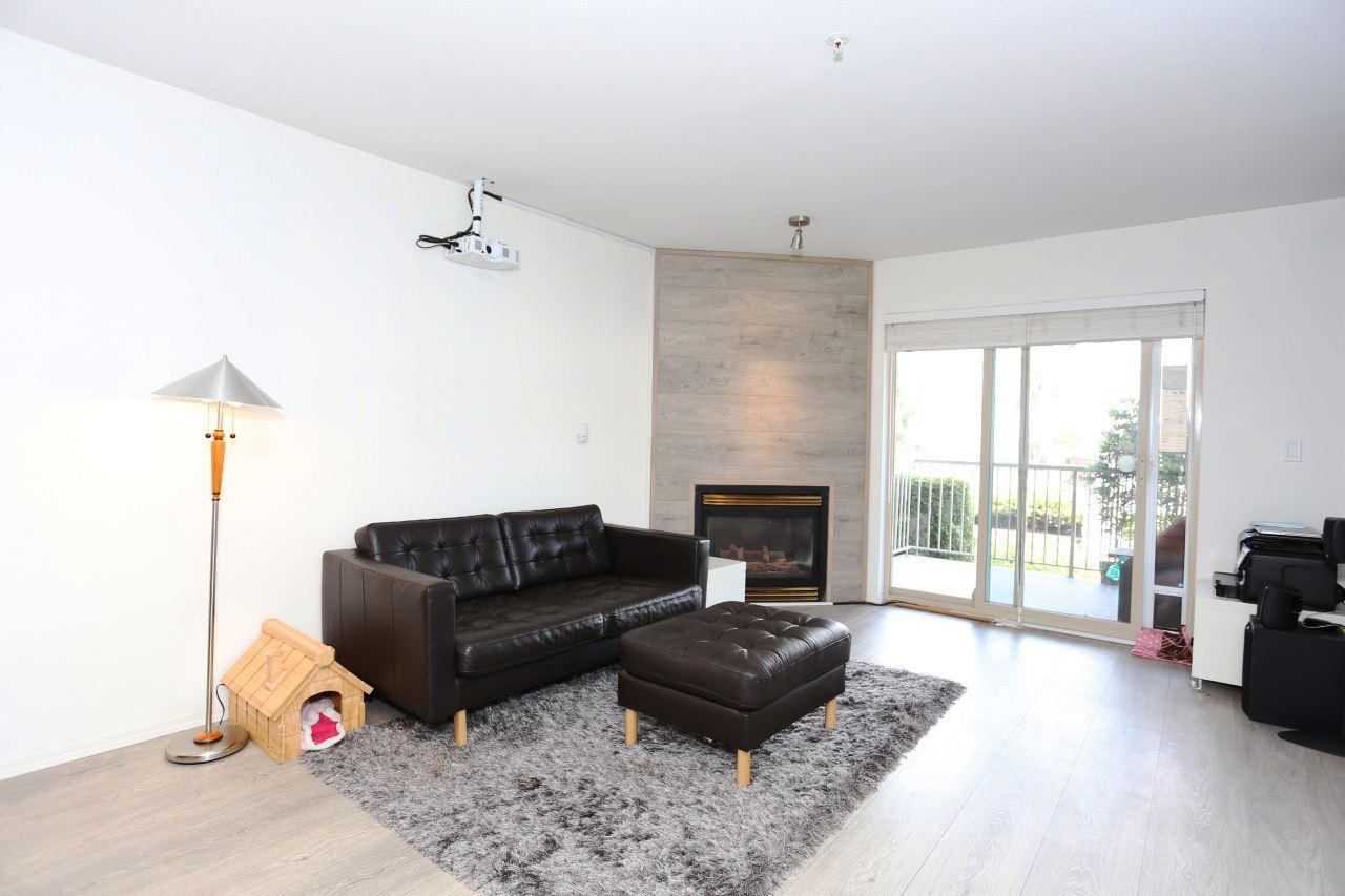 Condo Apartment at 218 33478 ROBERTS AVENUE, Unit 218, Abbotsford, British Columbia. Image 9