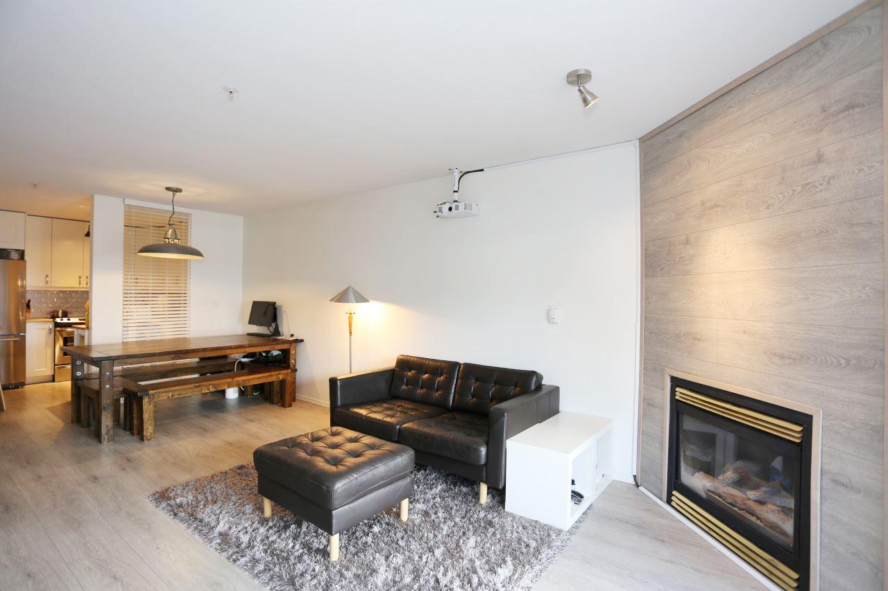 Condo Apartment at 218 33478 ROBERTS AVENUE, Unit 218, Abbotsford, British Columbia. Image 10