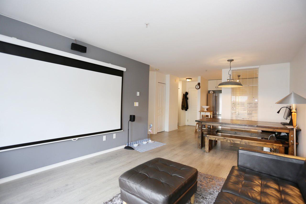 Condo Apartment at 218 33478 ROBERTS AVENUE, Unit 218, Abbotsford, British Columbia. Image 11