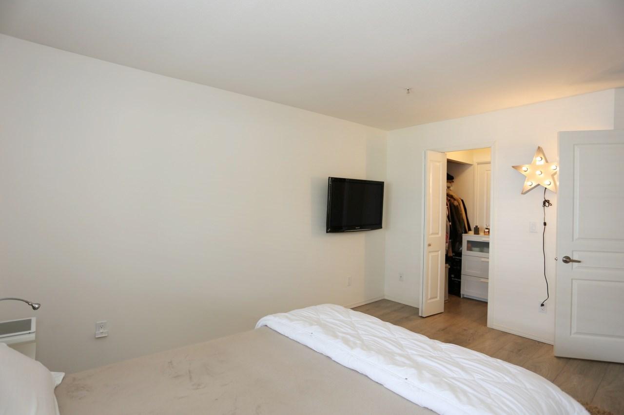 Condo Apartment at 218 33478 ROBERTS AVENUE, Unit 218, Abbotsford, British Columbia. Image 14