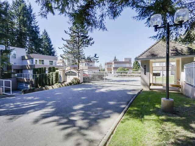Townhouse at 15 2425 EDGEMONT BOULEVARD, Unit 15, North Vancouver, British Columbia. Image 19
