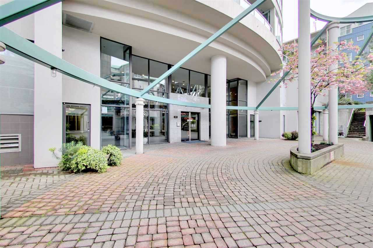 Condo Apartment at 709 1500 HOWE STREET, Unit 709, Vancouver West, British Columbia. Image 18