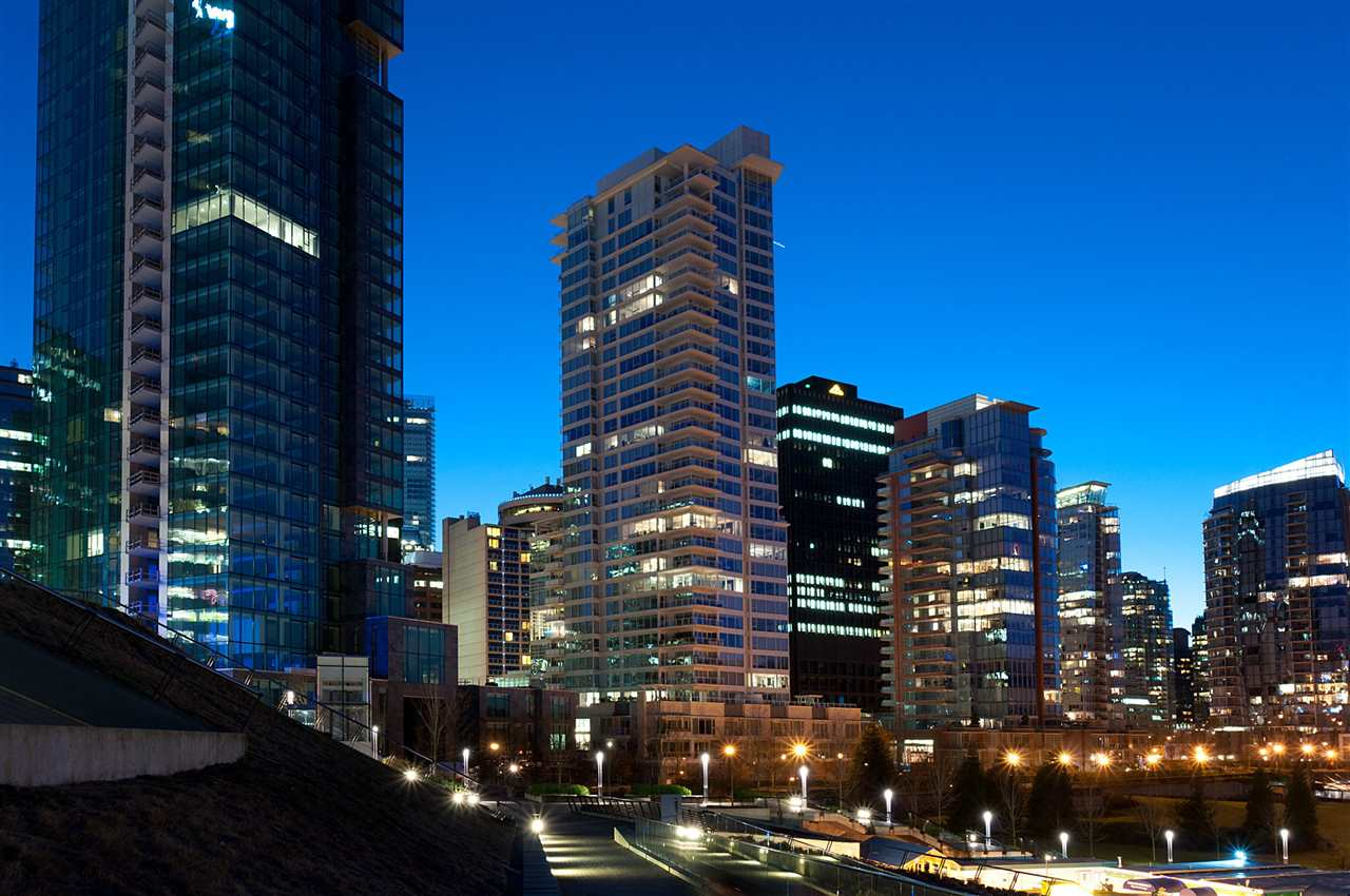 Condo Apartment at 1104 1139 W CORDOVA STREET, Unit 1104, Vancouver West, British Columbia. Image 1