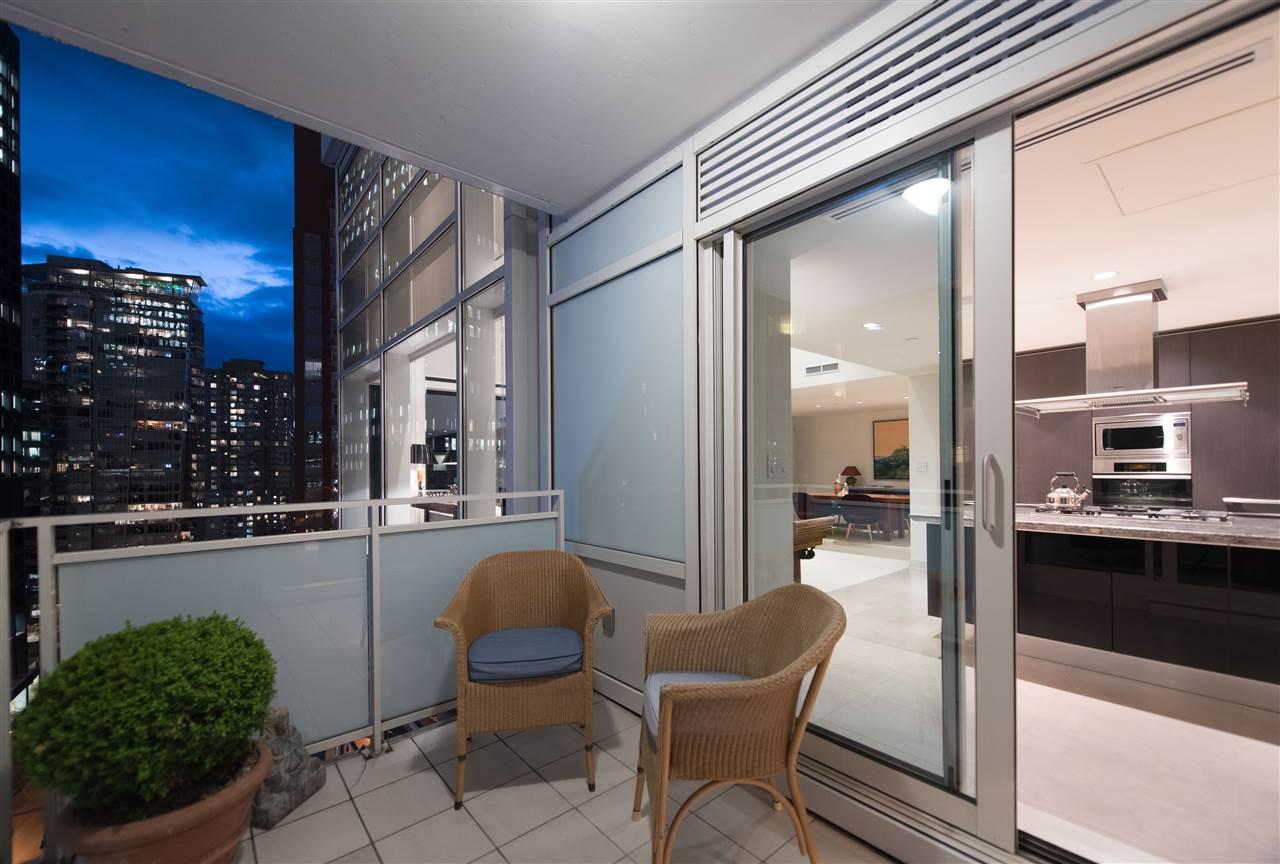 Condo Apartment at 1104 1139 W CORDOVA STREET, Unit 1104, Vancouver West, British Columbia. Image 10
