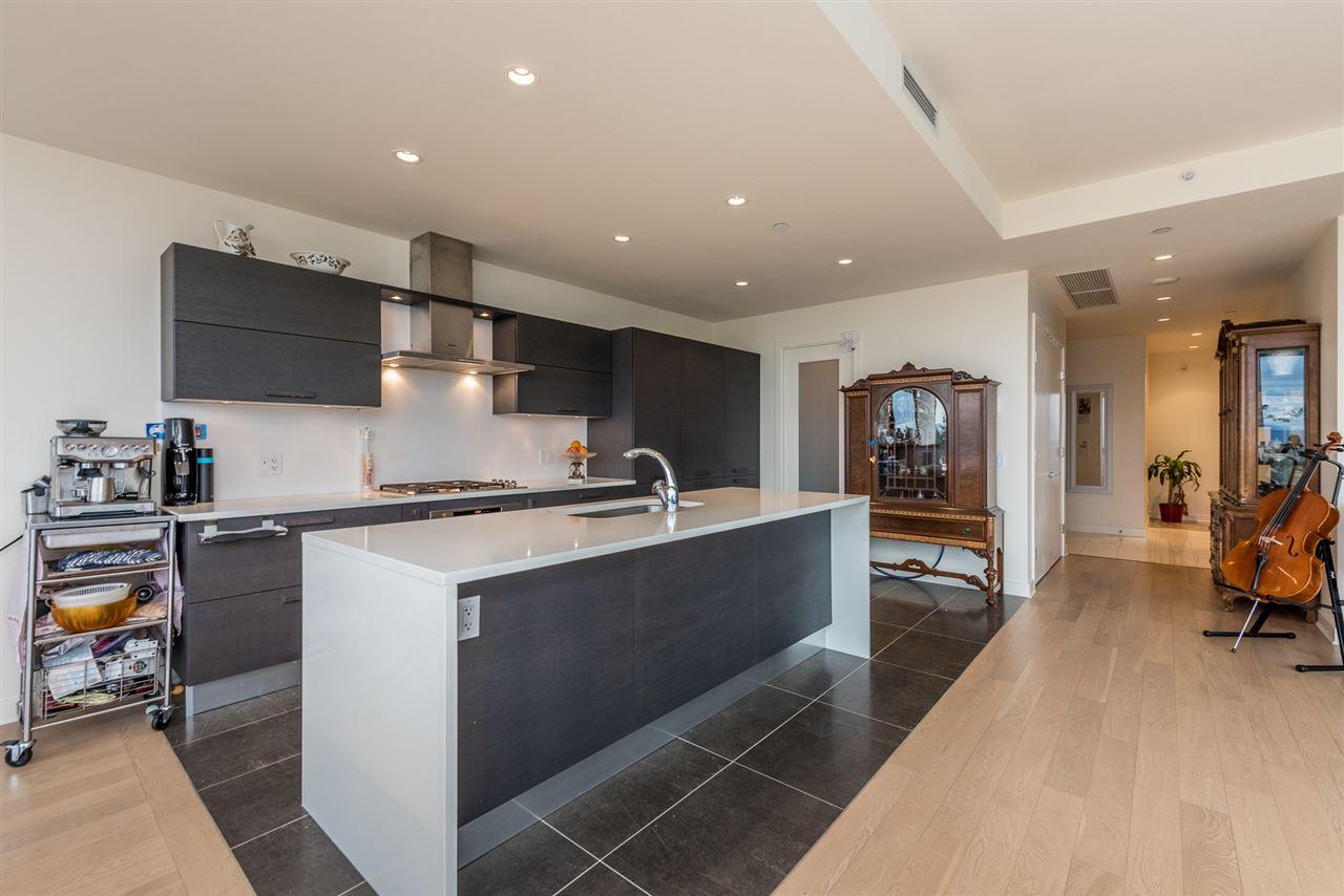Condo Apartment at 1403 5838 BERTON AVENUE, Unit 1403, Vancouver West, British Columbia. Image 5