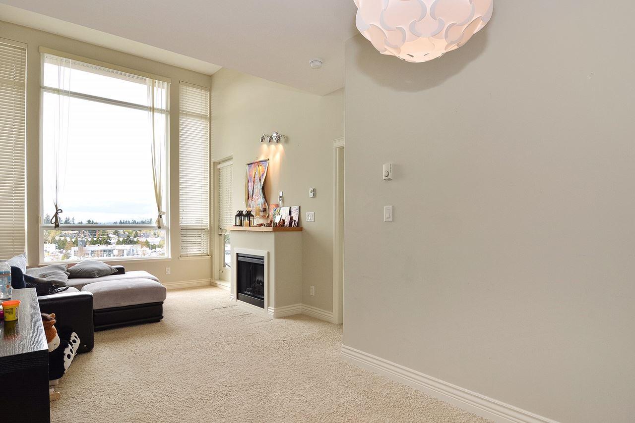 Condo Apartment at 401 2970 KING GEORGE BOULEVARD, Unit 401, South Surrey White Rock, British Columbia. Image 5