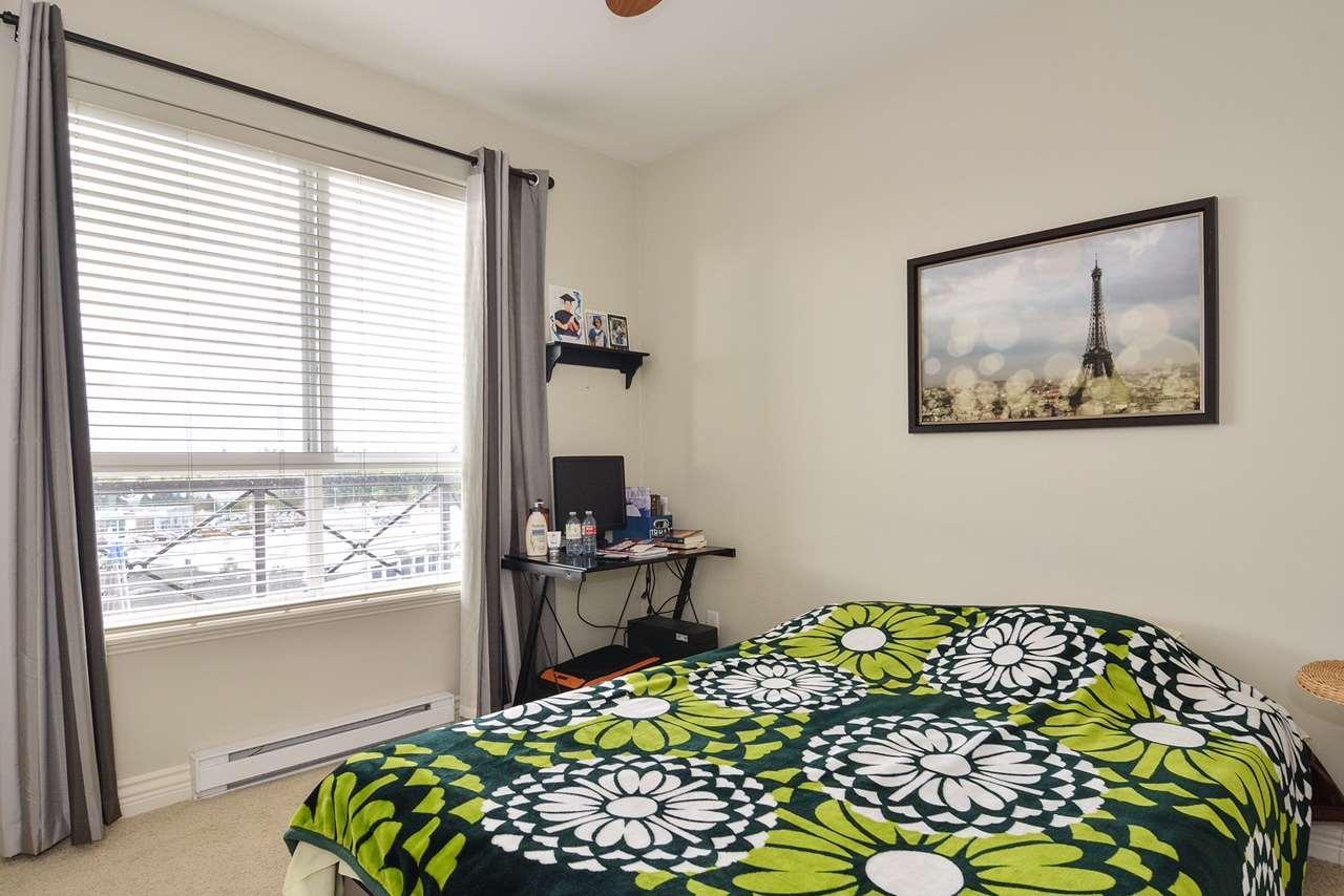 Condo Apartment at 401 2970 KING GEORGE BOULEVARD, Unit 401, South Surrey White Rock, British Columbia. Image 7
