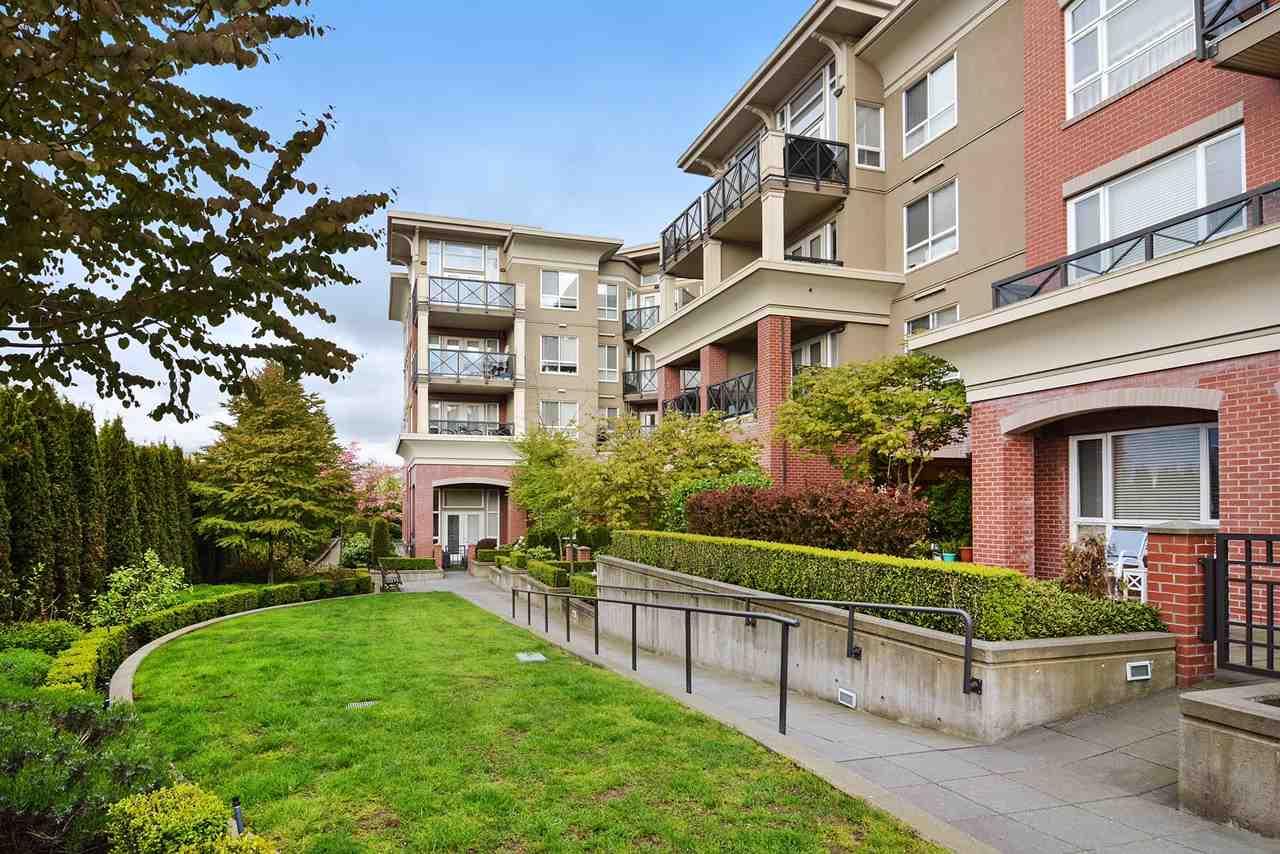 Condo Apartment at 401 2970 KING GEORGE BOULEVARD, Unit 401, South Surrey White Rock, British Columbia. Image 15