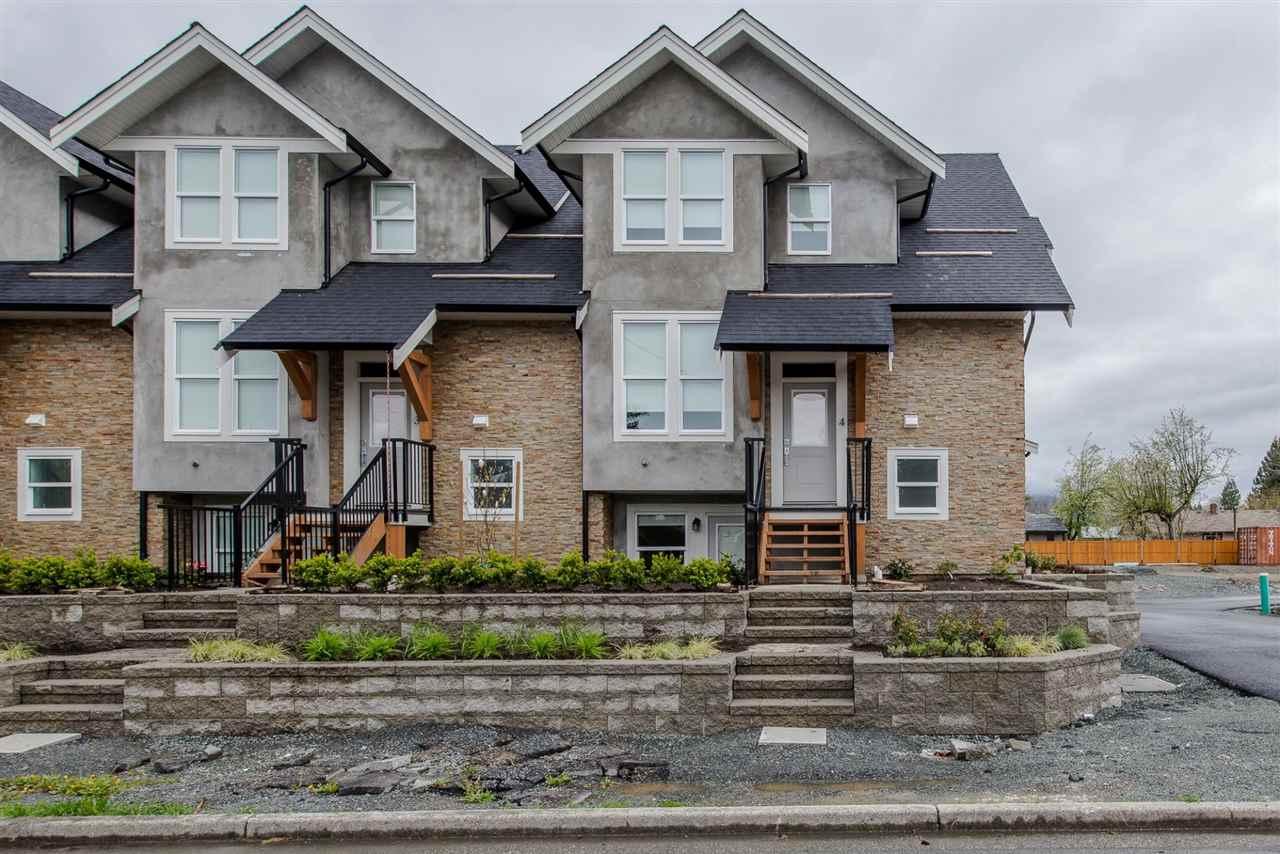 Townhouse at 16 45455 SPADINA AVENUE, Unit 16, Chilliwack, British Columbia. Image 1