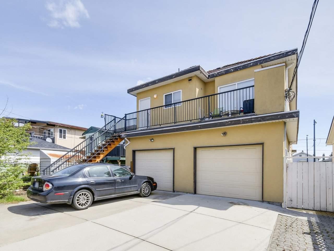 Half-duplex at 7449 MAIN STREET, Vancouver East, British Columbia. Image 15