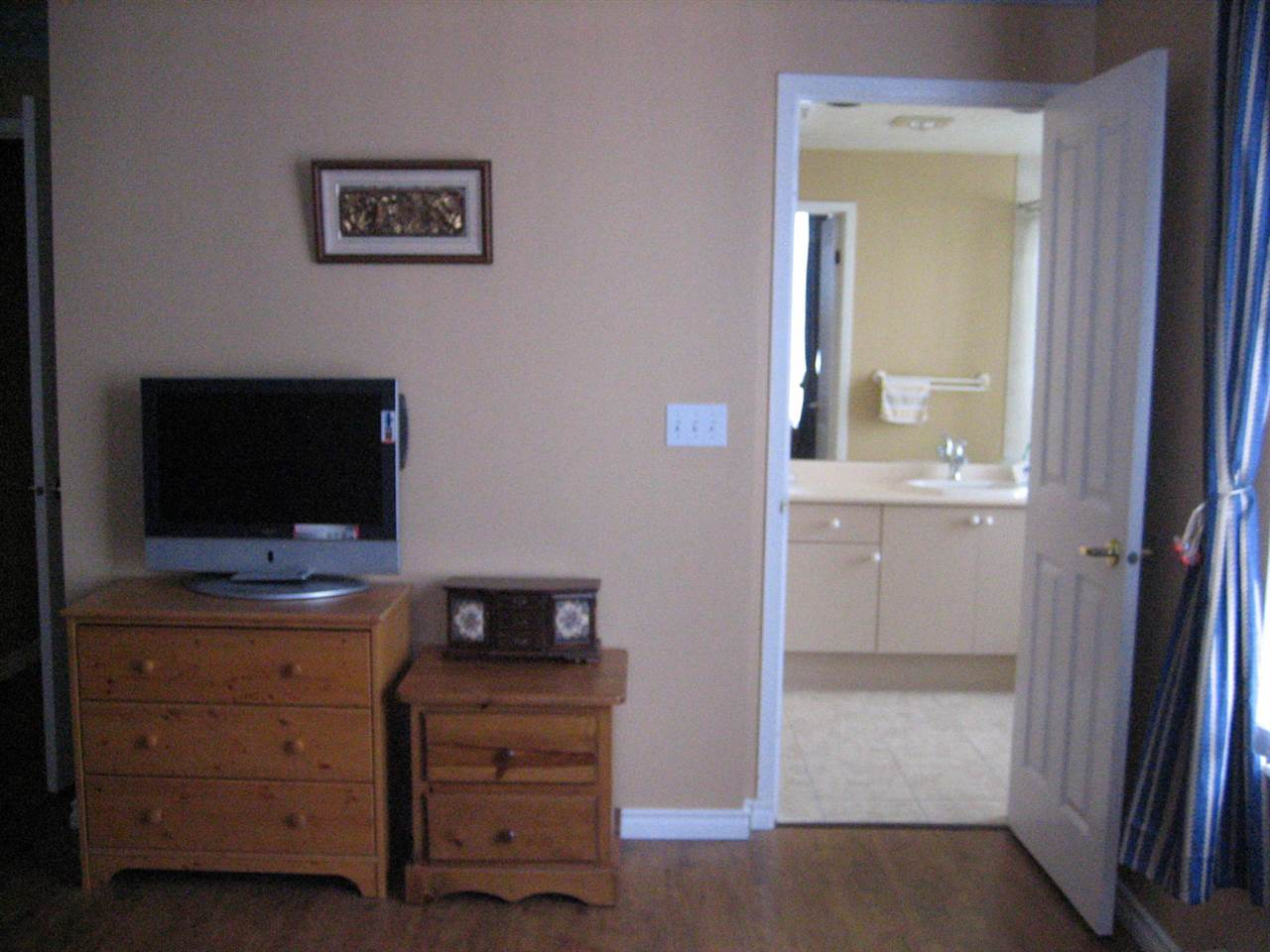 Condo Apartment at 2003 551 AUSTIN AVENUE, Unit 2003, Coquitlam, British Columbia. Image 11