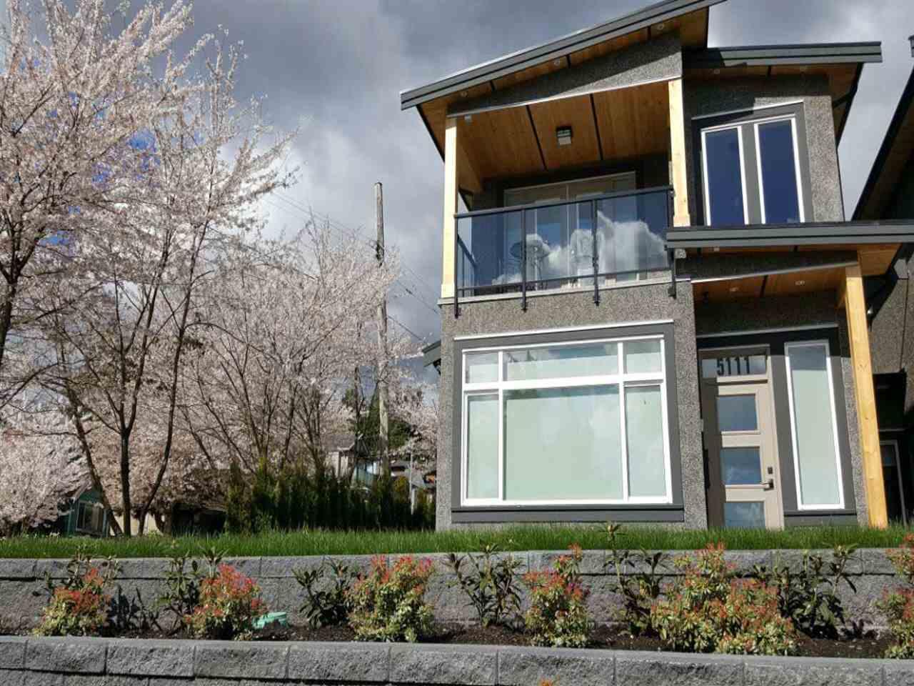 Half-duplex at 5111 EWART STREET, Burnaby South, British Columbia. Image 1