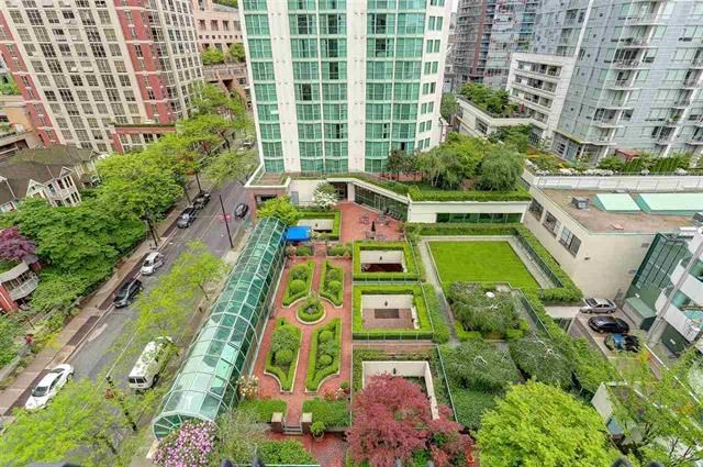 Townhouse at 105 287 SMITHE STREET, Unit 105, Vancouver West, British Columbia. Image 7