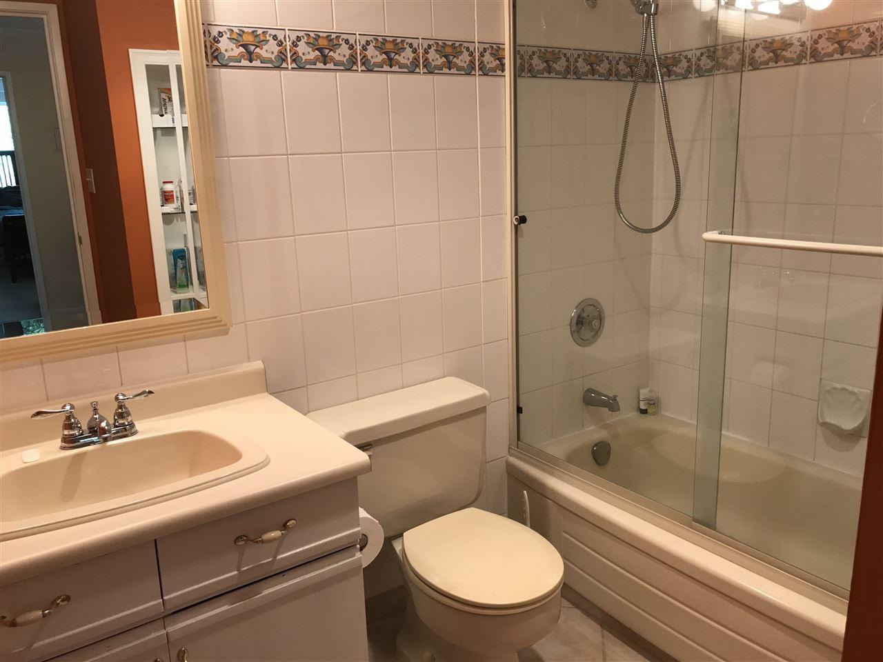 Condo Apartment at 1238 235 KEITH ROAD, Unit 1238, West Vancouver, British Columbia. Image 8