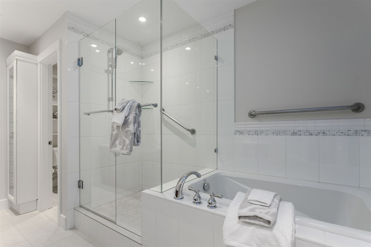 Condo Apartment at 708 4685 VALLEY DRIVE, Unit 708, Vancouver West, British Columbia. Image 12