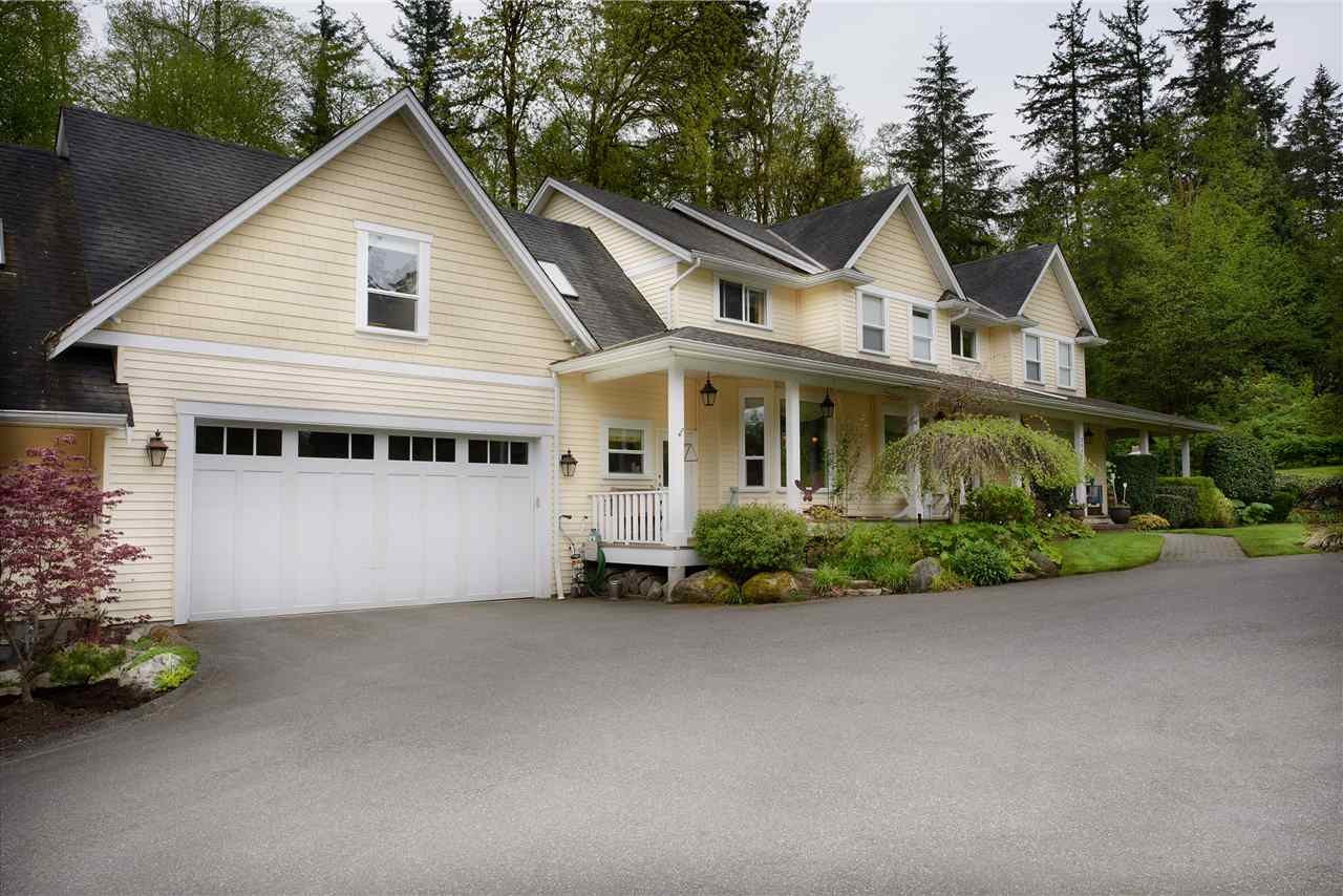 Detached at 2616 180TH STREET, South Surrey White Rock, British Columbia. Image 2