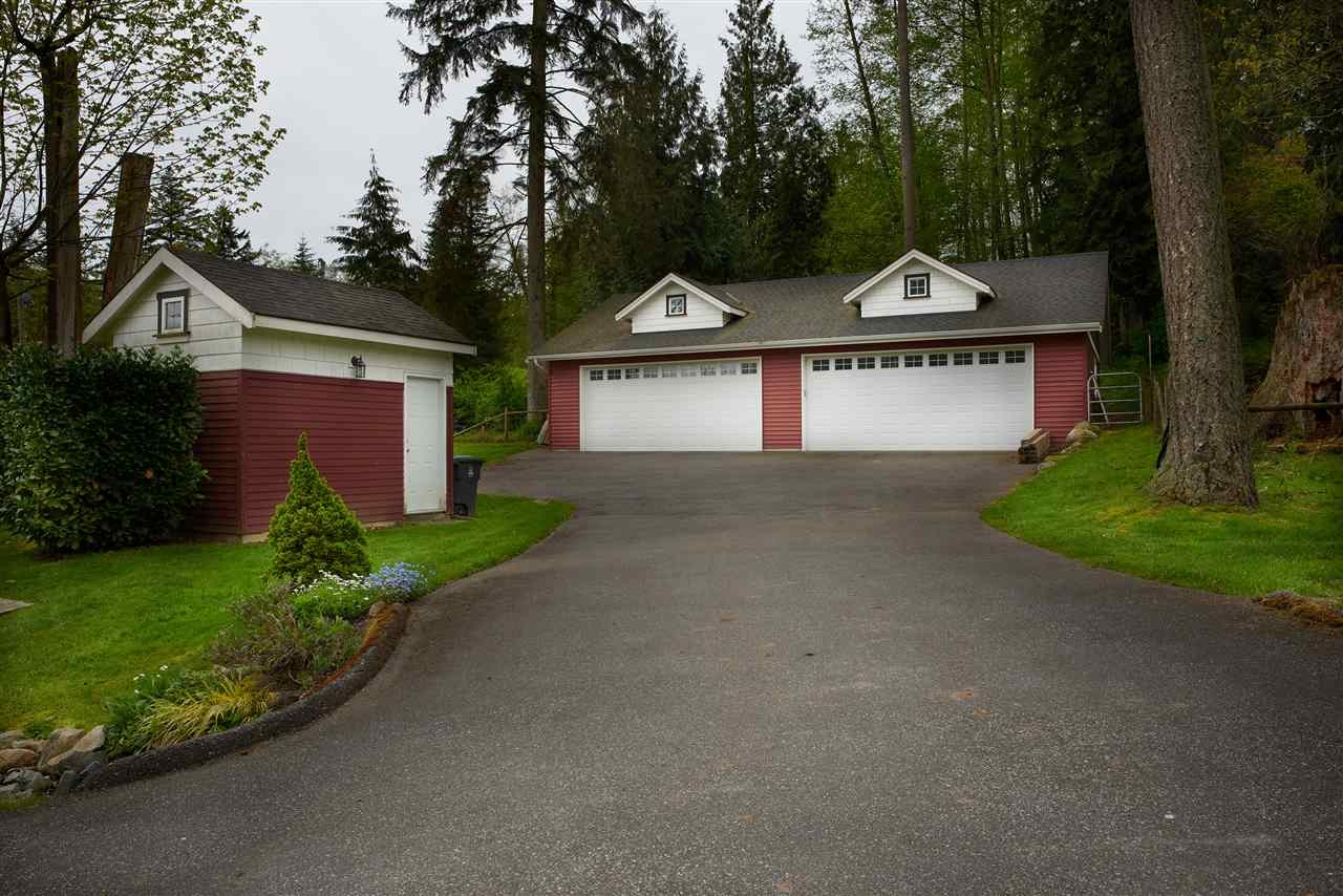 Detached at 2616 180TH STREET, South Surrey White Rock, British Columbia. Image 3
