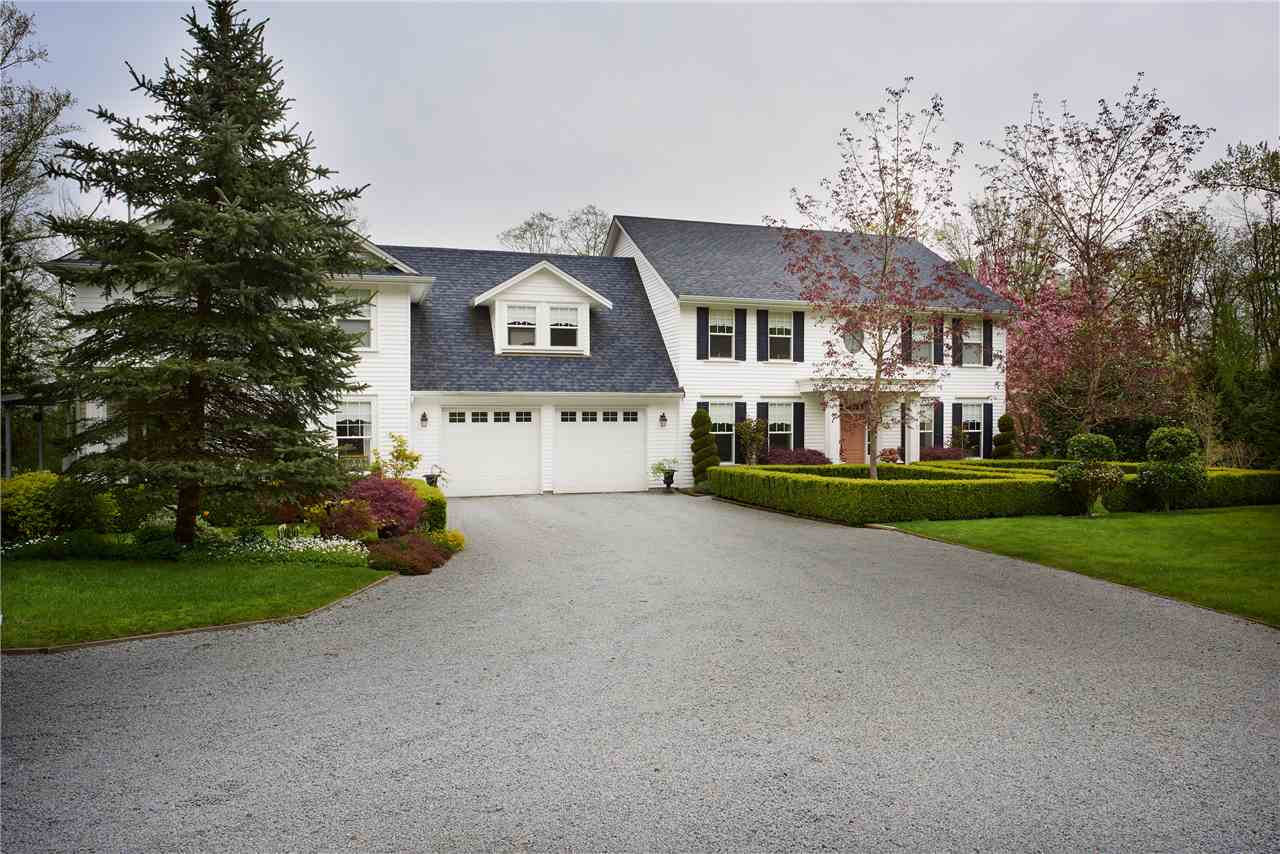 Detached at 2616 180TH STREET, South Surrey White Rock, British Columbia. Image 10