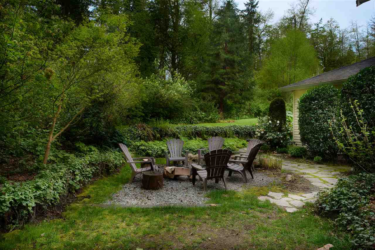 Detached at 2616 180TH STREET, South Surrey White Rock, British Columbia. Image 13