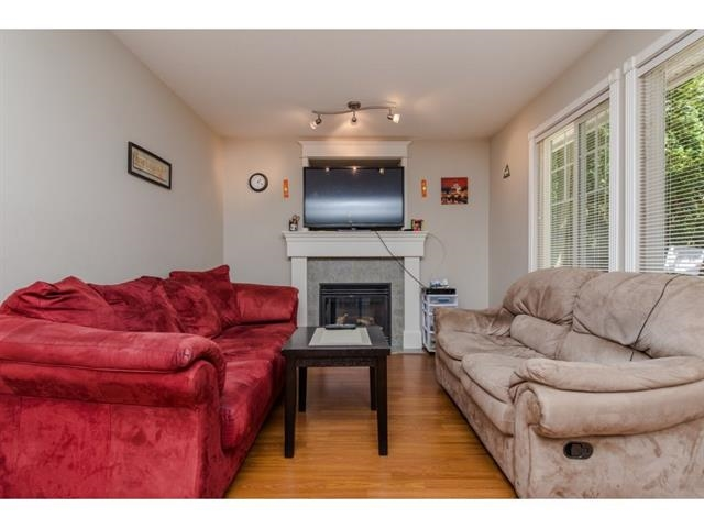 Townhouse at 34 30857 SANDPIPER STREET, Unit 34, Abbotsford, British Columbia. Image 5