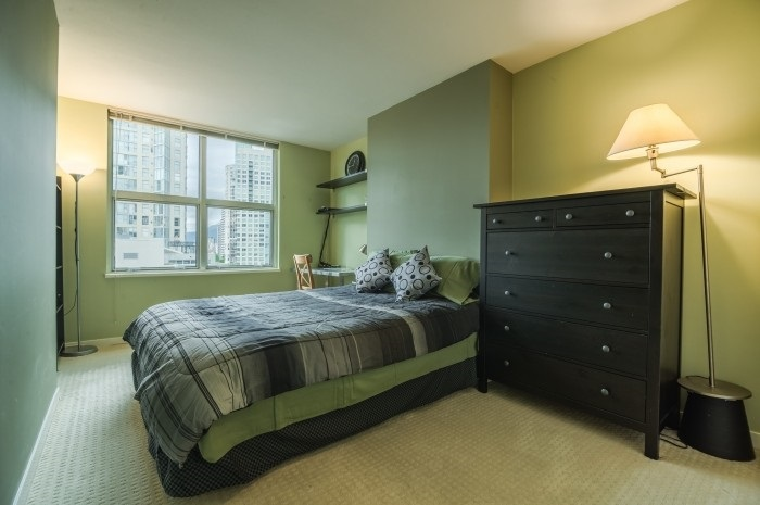 Condo Apartment at 1210 1500 HORNBY STREET, Unit 1210, Vancouver West, British Columbia. Image 5