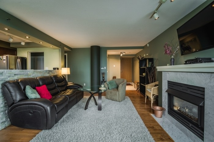 Condo Apartment at 1210 1500 HORNBY STREET, Unit 1210, Vancouver West, British Columbia. Image 11
