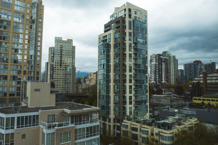 Condo Apartment at 1210 1500 HORNBY STREET, Unit 1210, Vancouver West, British Columbia. Image 20