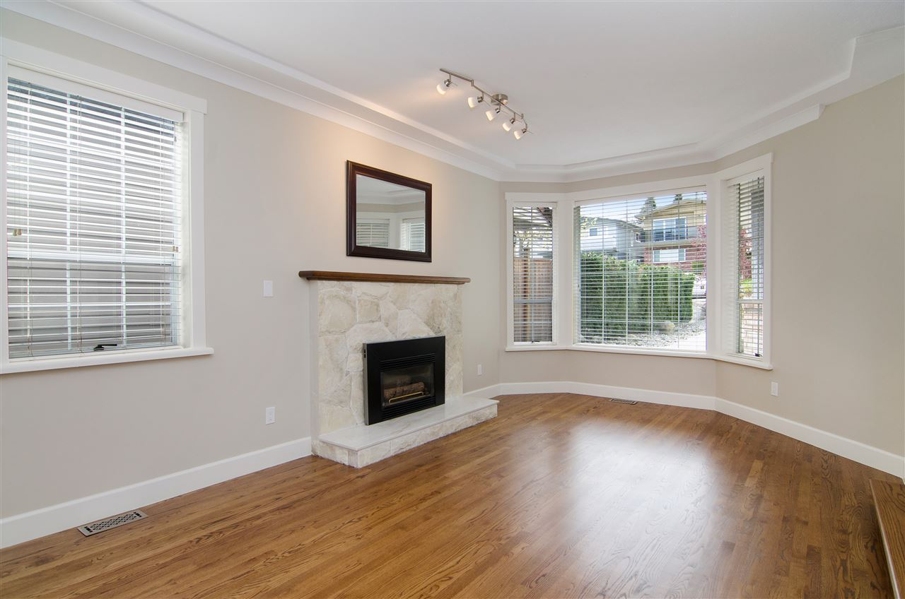 Detached at 16 N HOLDOM AVENUE, Burnaby North, British Columbia. Image 7