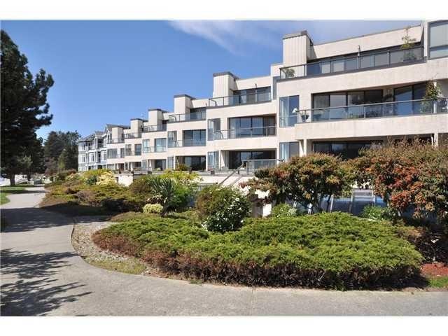 Condo Apartment at 105 5477 WHARF AVENUE, Unit 105, Sunshine Coast, British Columbia. Image 1