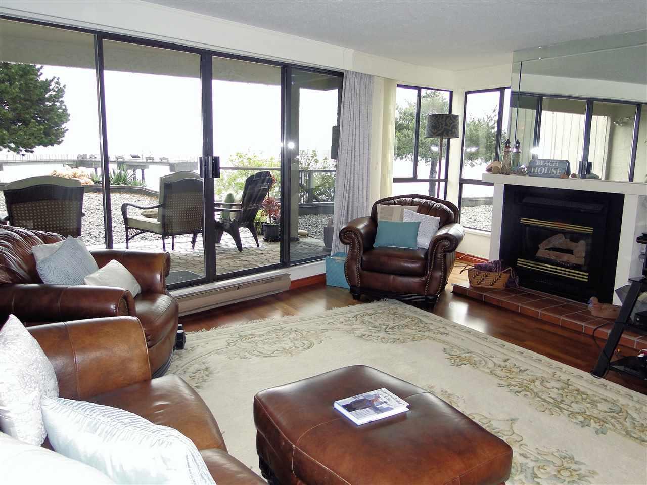 Condo Apartment at 105 5477 WHARF AVENUE, Unit 105, Sunshine Coast, British Columbia. Image 8