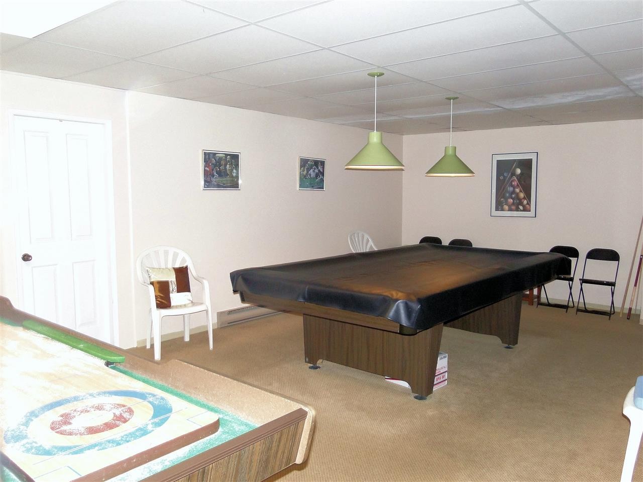 Condo Apartment at 105 5477 WHARF AVENUE, Unit 105, Sunshine Coast, British Columbia. Image 17