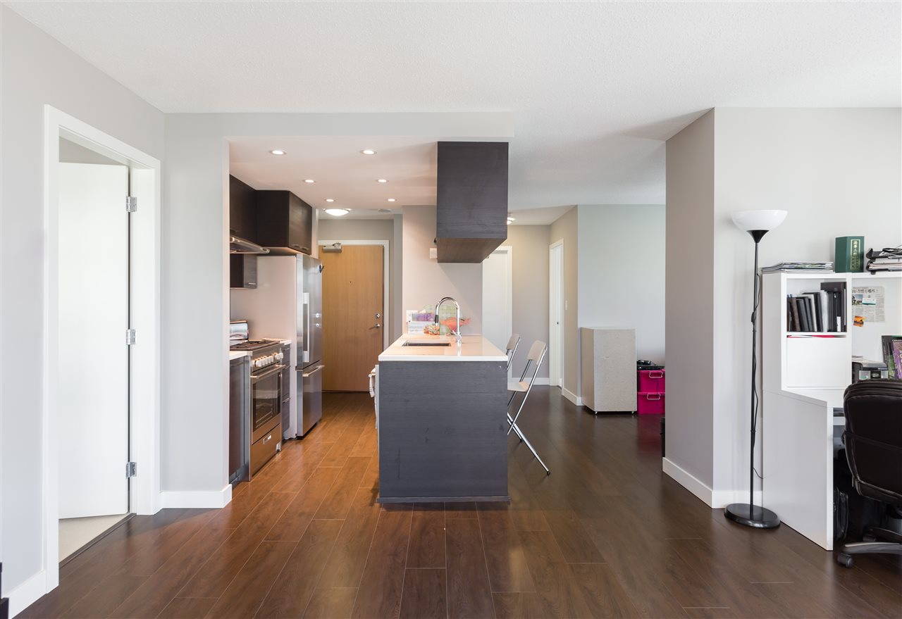 Condo Apartment at 661 6288 NO 3 ROAD, Unit 661, Richmond, British Columbia. Image 3