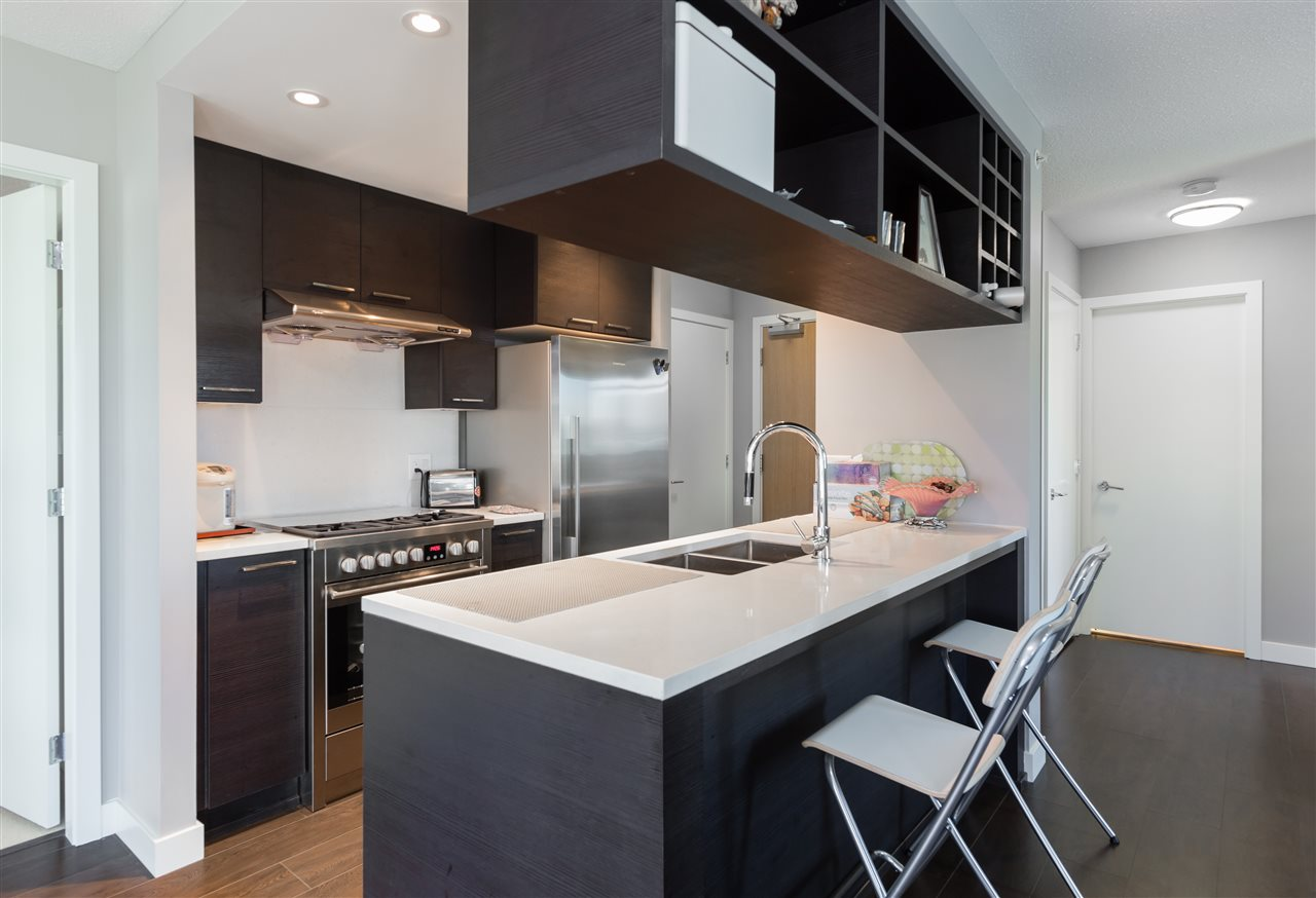 Condo Apartment at 661 6288 NO 3 ROAD, Unit 661, Richmond, British Columbia. Image 5
