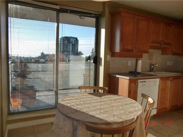 Condo Apartment at 808 5639 HAMPTON PLACE, Unit 808, Vancouver West, British Columbia. Image 5