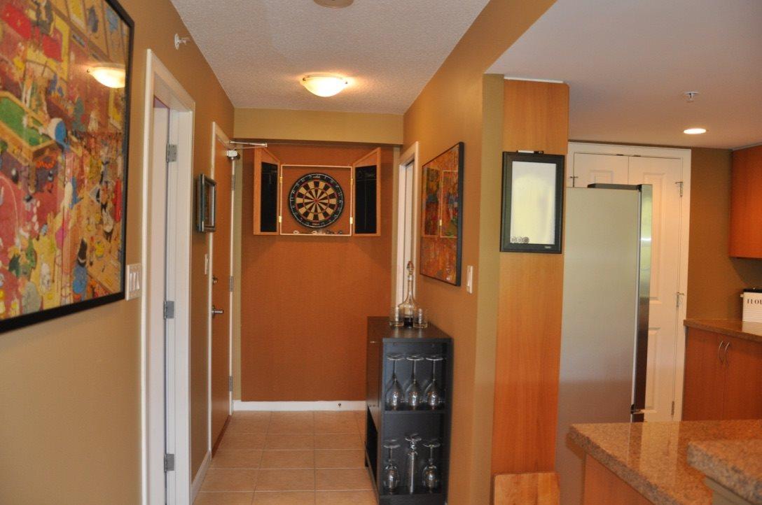 Condo Apartment at 1101 290 NEWPORT DRIVE, Unit 1101, Port Moody, British Columbia. Image 9