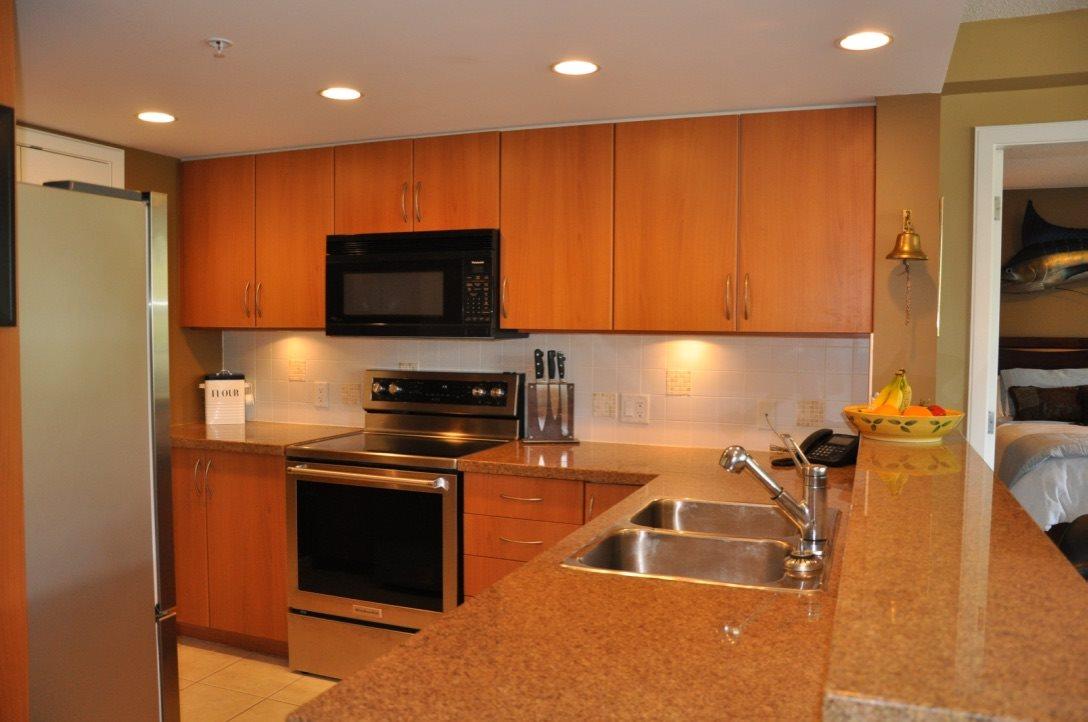 Condo Apartment at 1101 290 NEWPORT DRIVE, Unit 1101, Port Moody, British Columbia. Image 10
