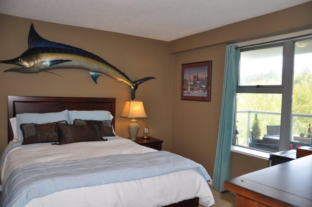 Condo Apartment at 1101 290 NEWPORT DRIVE, Unit 1101, Port Moody, British Columbia. Image 12