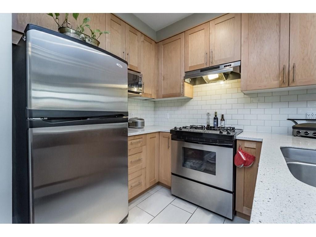 Condo Apartment at 201 2083 W 33RD AVENUE, Unit 201, Vancouver West, British Columbia. Image 7
