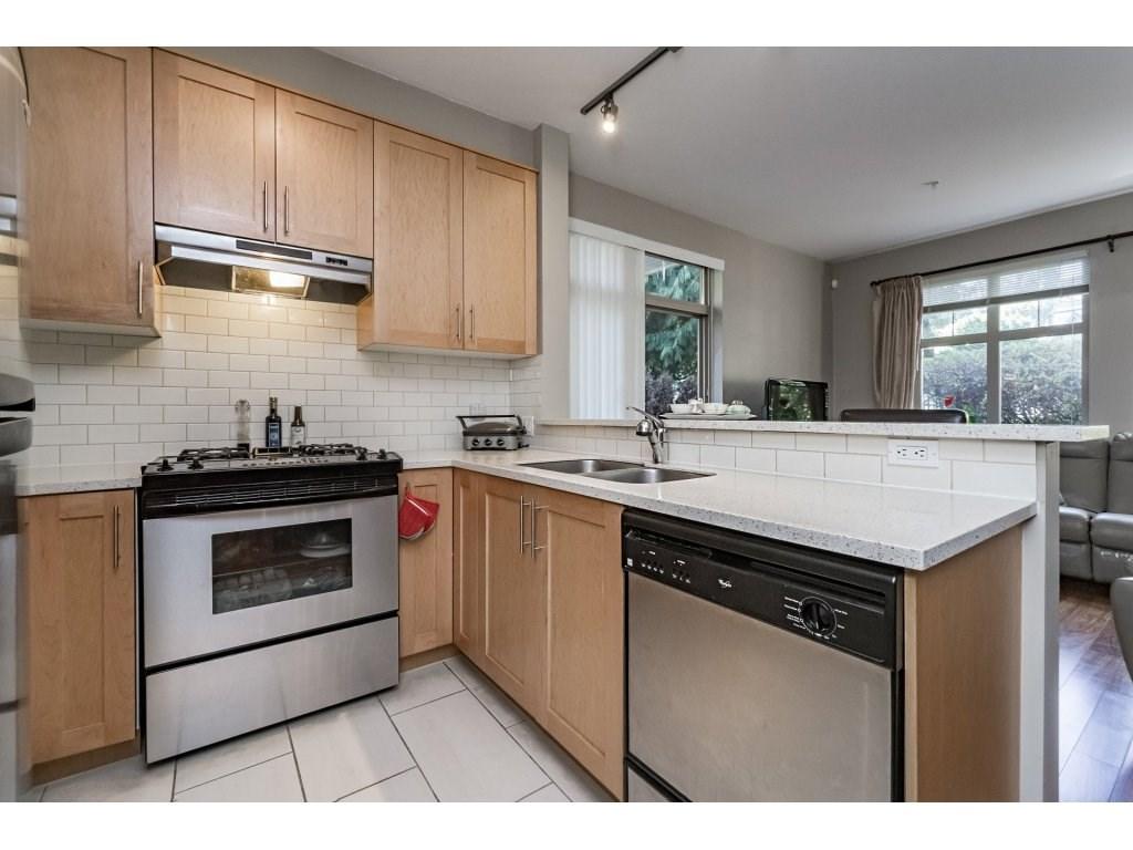 Condo Apartment at 201 2083 W 33RD AVENUE, Unit 201, Vancouver West, British Columbia. Image 8