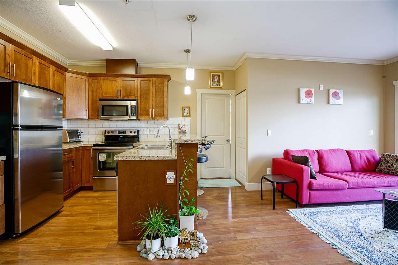 Condo Apartment at 212 8168 120A STREET, Unit 212, Surrey, British Columbia. Image 6