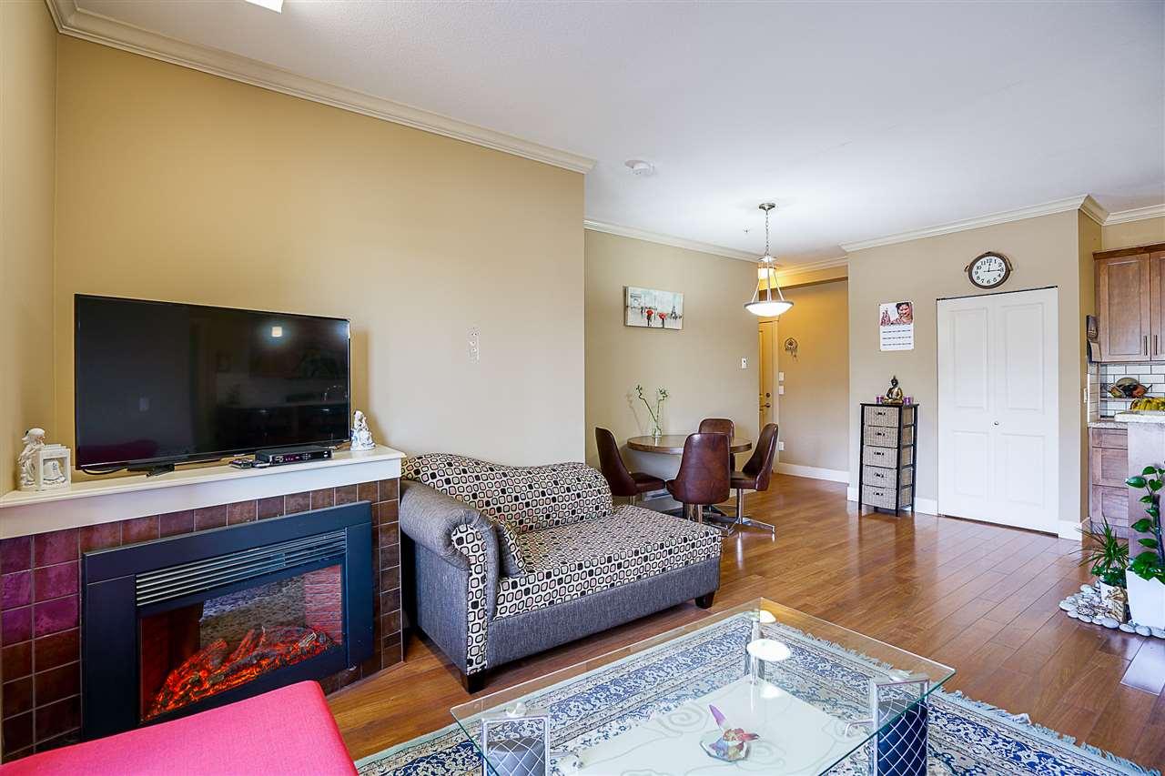 Condo Apartment at 212 8168 120A STREET, Unit 212, Surrey, British Columbia. Image 9