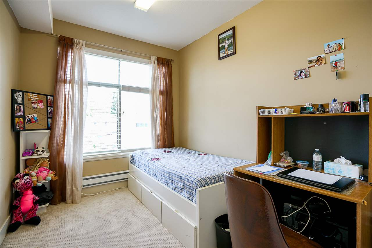 Condo Apartment at 212 8168 120A STREET, Unit 212, Surrey, British Columbia. Image 12