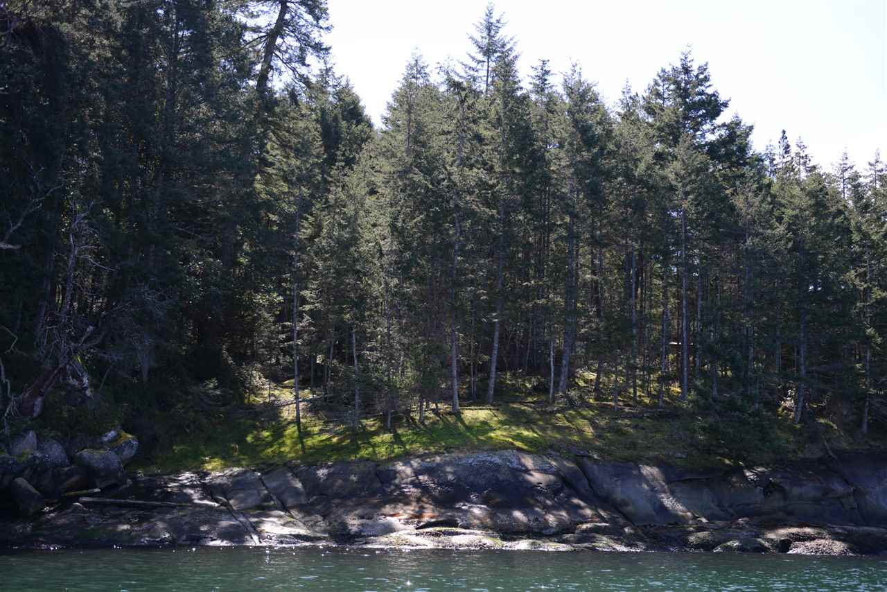 Vacant Land at 251 GEORGINA POINT ROAD, Unit 251, Out of Town, British Columbia. Image 2